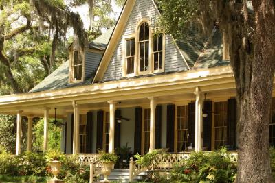 10 Most Unique Louisiana Airbnbs